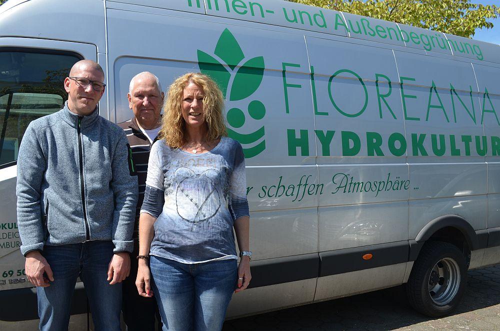 Floreana ist ein echter Familienbetrieb (v. l.): Alexander Schalle, Holger Schalle und Stefanie Schalle. Es fehlt Bärbel Schalle, die ebenfalls noch im Unternehmen tätig ist.